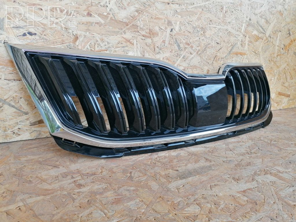 Cen2745 Skoda Octavia Mk3 5e Front Bumper Upper Radiator Grill 5e0853653c Used Car Part Online Low Price Rrr Lt