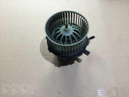 Audi A4 S4 B8 8K Pečiuko ventiliatorius/ putikas 8K2820021