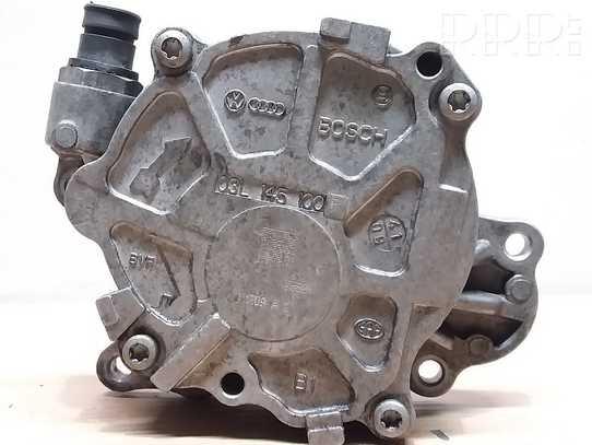 Volkswagen PASSAT B6 Vakuumo pompa 03L145100F