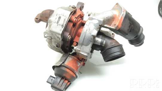 Volkswagen PASSAT B7 Turbina 03L253056GV100
