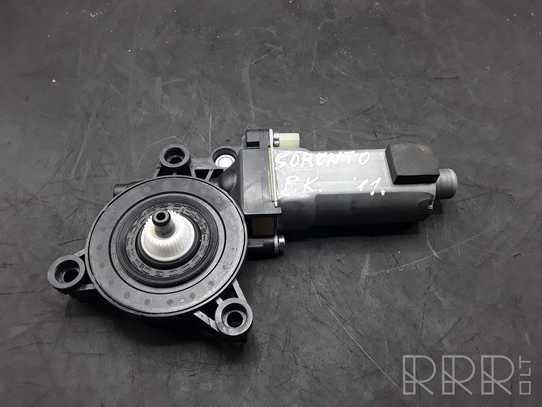 KIA Sorento Priekinis varikliukas langų pakėlėjo 824502P000