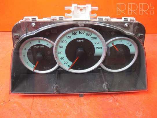 Toyota Corolla Verso E121 Spidometras (prietaisų skydelis) 838000F091
