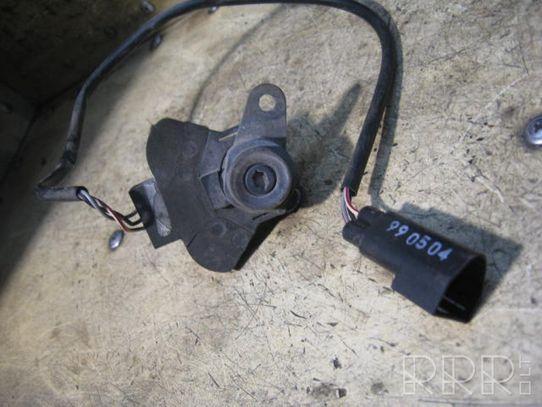 Ford Puma Priekinė užrakinimo spynelė (prie rankenos)