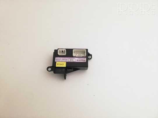 Lexus RX 330 - 350 - 400H Kiti valdymo blokai/ moduliai 8922748020