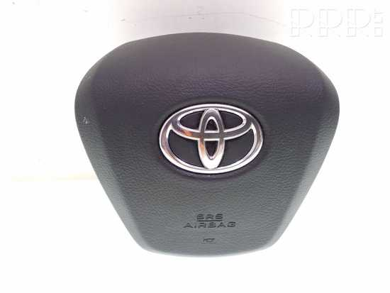 Toyota Avensis T270 Vairo oro pagalvė