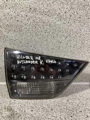 Mitsubishi Outlander Galinis žibintas dangtyje