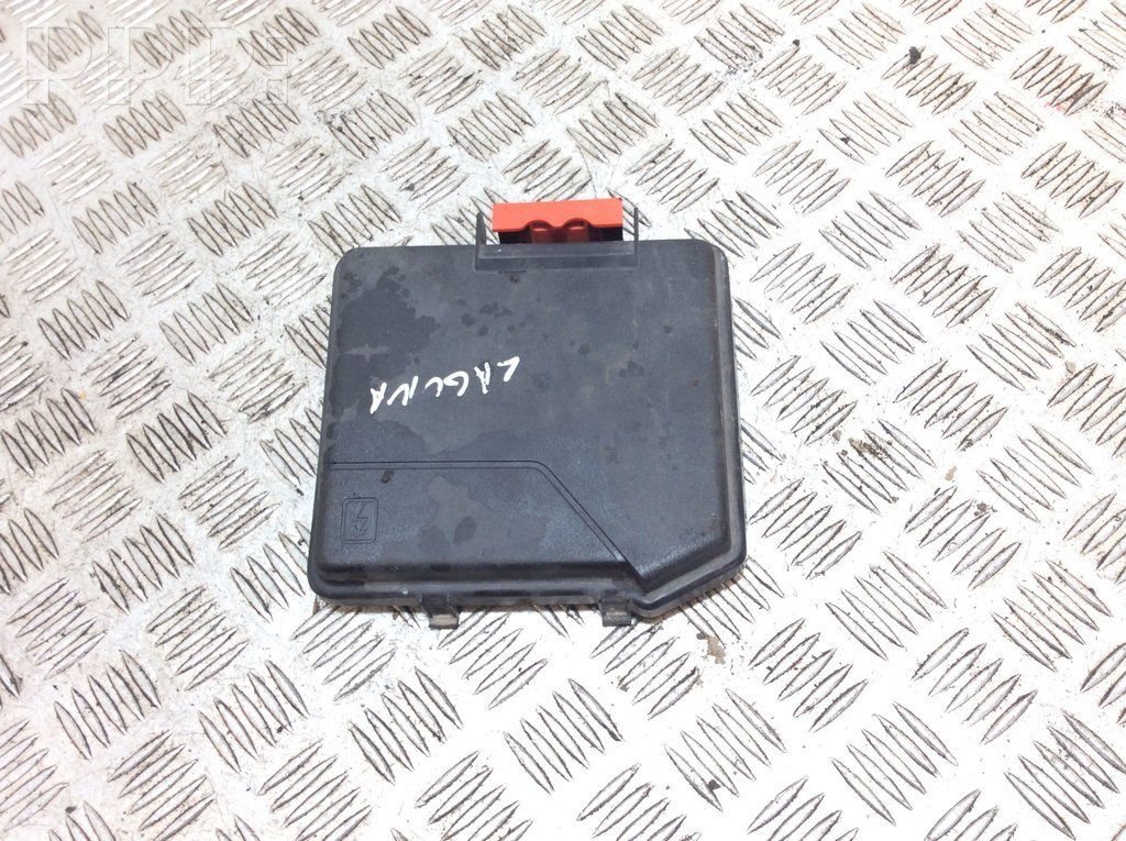 sig23478 renault laguna iii fuse box cover 284c40001r - used car part  online, low price | rrr.lt  rrr.lt